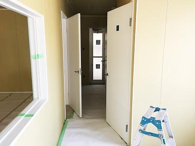 建設中-ラウンジ・廊下